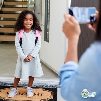 Il primo giorno di scuola della tua bimba si avvicina: non dimenticare di immortalare il momento con tantissime foto e divertiti a creare un coloratissimo album fotografico!   Vai su 👉www.photoislandstore.it e approfitta della promo: se superi i 20,00€ di spesa, potrai ricevere 30 stampe foto in regalo!  ⏰ Consegna in 24/48h  🚛 Spedizione gratuita  . . . #photoislandstore #photo #stampafoto #fotoricordo #stampafotoonline
